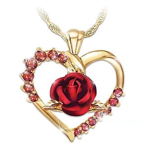 Rose hjertesmykke
